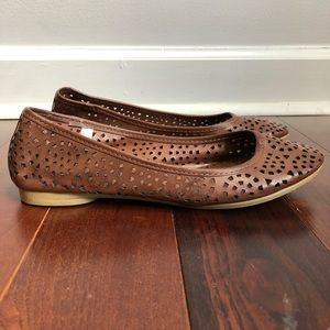 AMERICAN EAGLE OUTFITTERS Perforated Ballet Flat